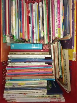 100 ספרי ילדים ונוער